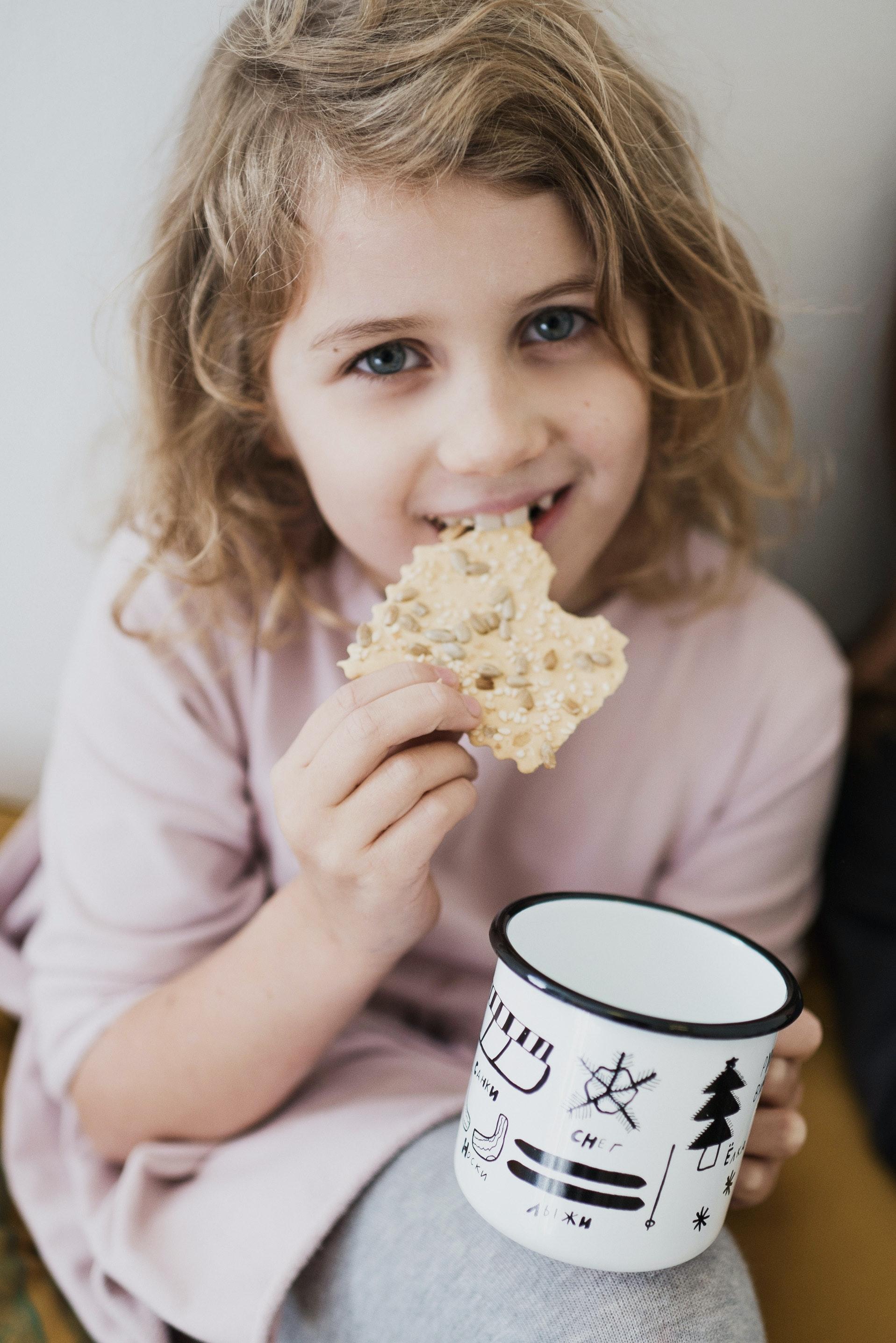 Konzumace celozrnných obilovin příznivě ovlivňuje hladinu glukózy a triglyceridů u dětí s nadváhou a obezitou