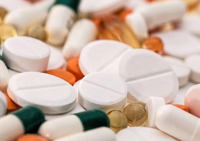 Vystavení plodu a novorozence paracetamolu a výskyt ADHD a poruch autistického spektra